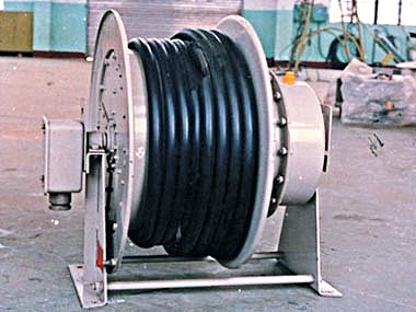 Spring type of the cable drum